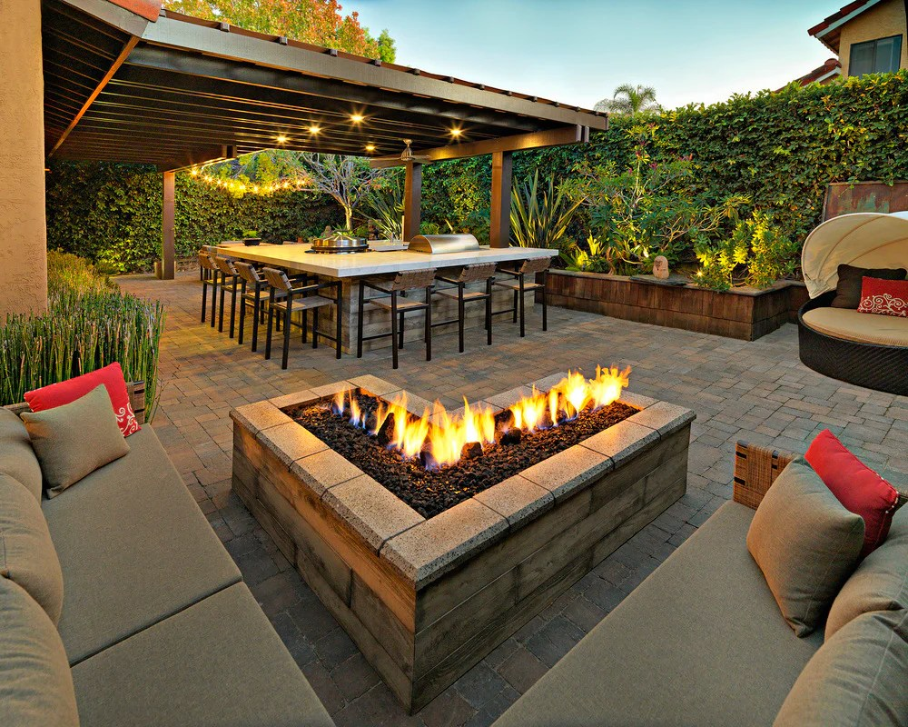 How To Build A Square Fire Pit With Pavers? - Barbeqa on Paver Patio Designs With Fire Pit id=90145