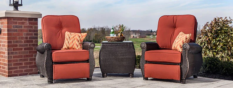 Outdoor Recliner   La Z Boy Outdoor Patio Furniture Wicker Recliner Breckenridge Patio Recliner set with Side Table