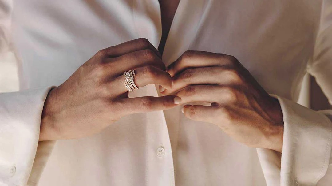 Noemie graduate ring