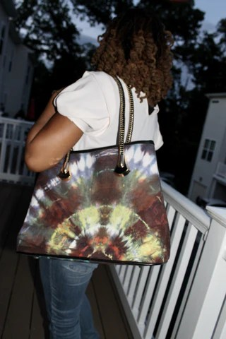 Nubia-handbag-from-Kupendiza-by-LeLook-batik-print-by-Tunde-Odunlade-sunburst