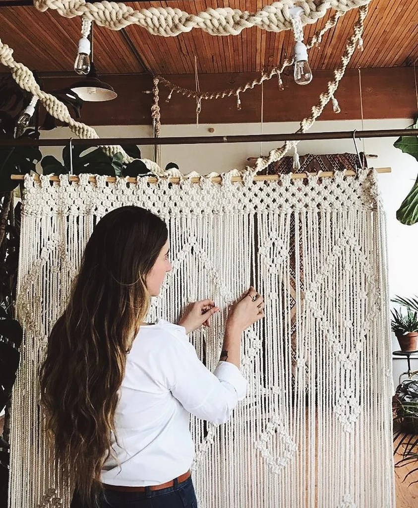 The History of Macrame ( what is macrame ) 1