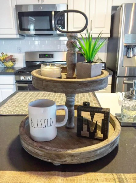 Farmhouse Kitchen Decorations