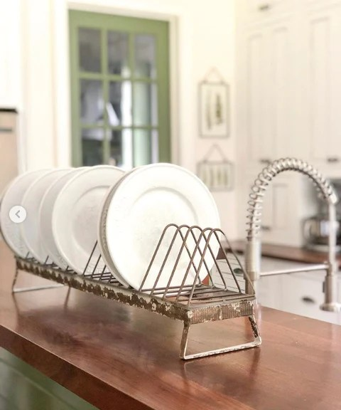 chicken feeder plate rack