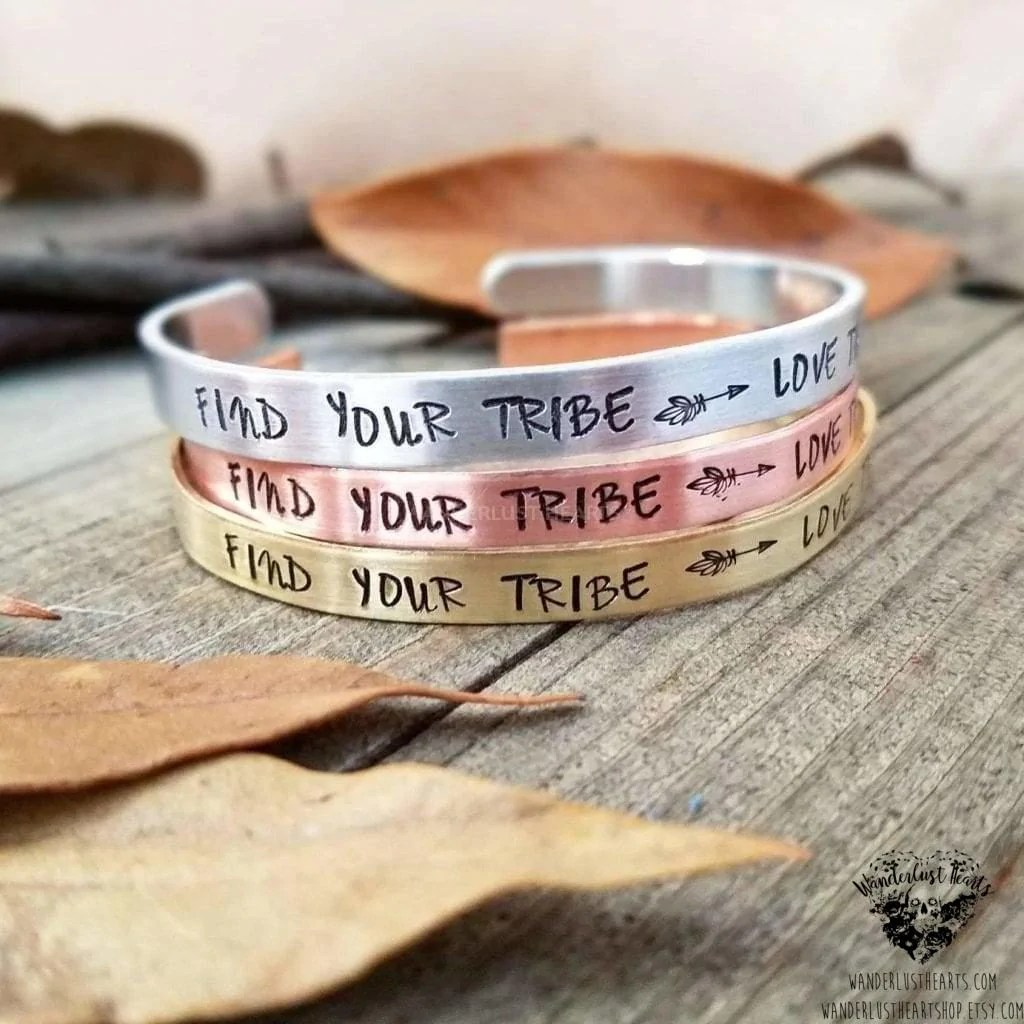 Download Find your tribe - love them hard Cuff bracelet