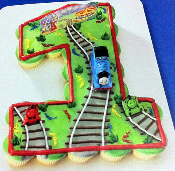 1st Birthday Thomas The Tank Engine Cupcakes Rashmi S Bakery