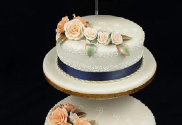 Elegant 3 Tier Roses Wedding Cake Celticcakescom