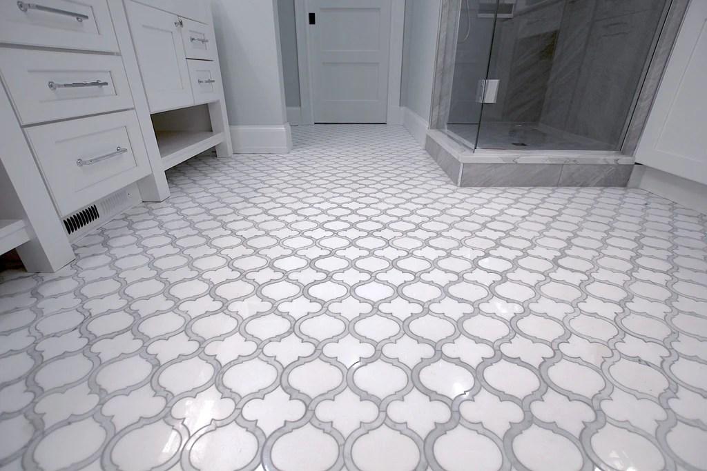 white thassos and bianco carrara marble