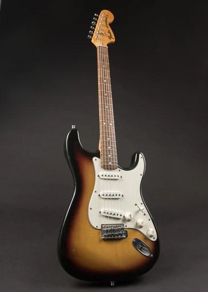 She loves sharing design trends, decor ideas, and useful tips with her reader. Fender Sweet Home Alabama Stratocaster 1973 Carter Vintage Guitars