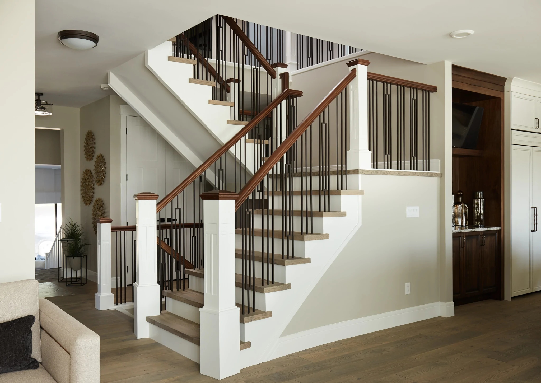 Guide 5 Keys To Unlock Craftsman Design For Your Stairs – Custom | Stair Railing And Balusters | Brushed Nickel | Free Standing | Inexpensive | Deck | Wood