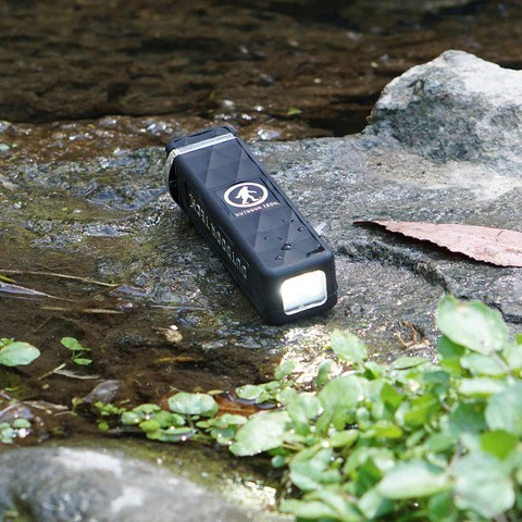 The Kodiak Mini Ultra is a waterproof, dust & dirt resistant, rugged power bank for your electronic devices. It packs a 3200mAh rechargeable battery. Charge your phone or almost any other small electronics via the standard USB port. The built-in 50 lumen LED light system has a hi-beam, low-beam, and SOS/strobe mode to help illuminate pretty much any situation.