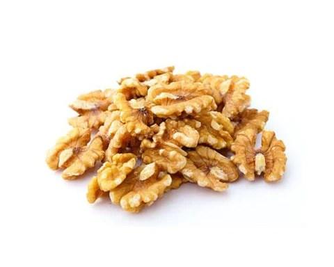 Healthy walnuts for vitamins