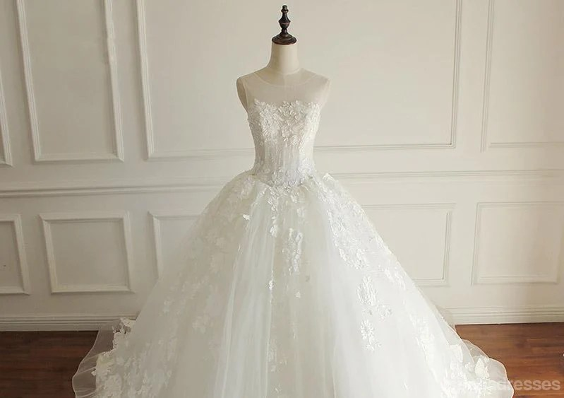 Luxurious Lace Beaded A Line Wedding Bridal Dresses