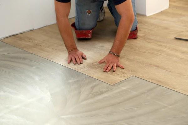https vinylflooring45 blogspot com 2020 06 how to install vinyl plank flooring 22 html
