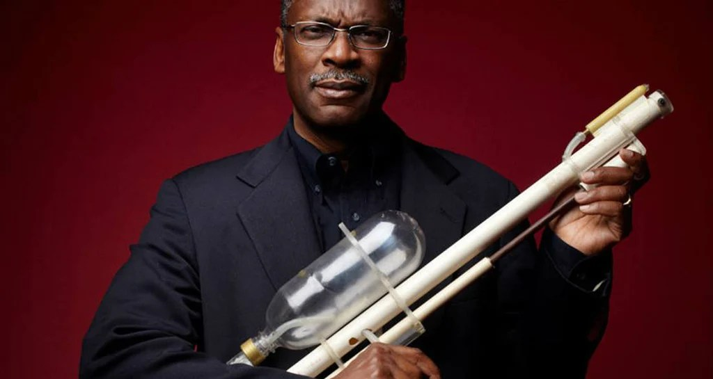 Meet Lonnie Johnson: The Man Who Invented The Super Soaker ...