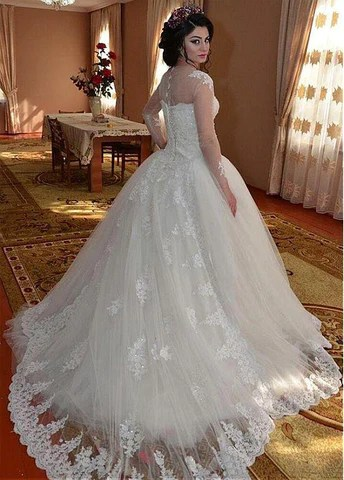 Fantastic Tulle Sheer Jewel Neckline Ball Gown Wedding Dresses With Beaded Lace Appliques