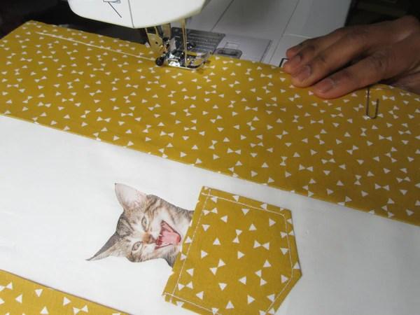Couture du papier et de l'assemblage de tissu