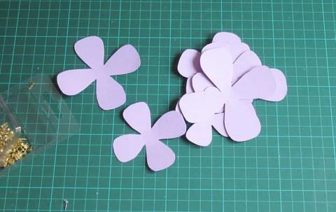 DIY Pétales de fleurs en papier