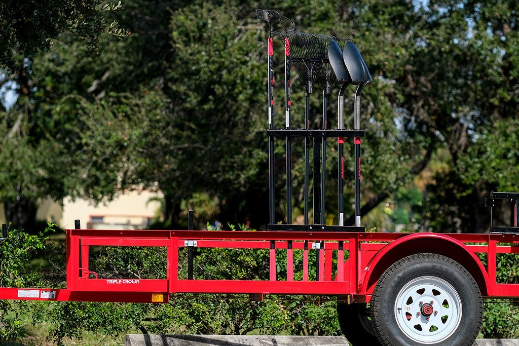 open trailer hand tool rack
