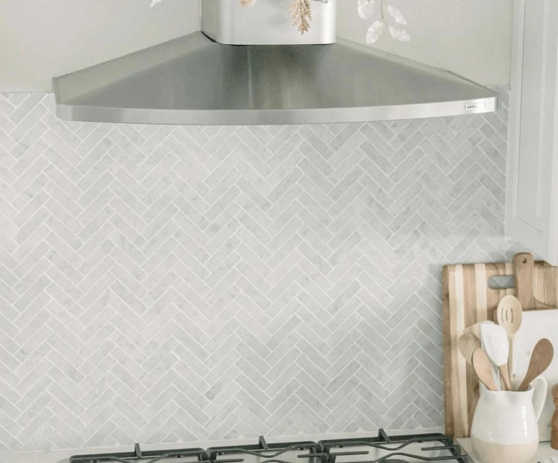 carrara white herringbone 1x4 mosaic polished honed