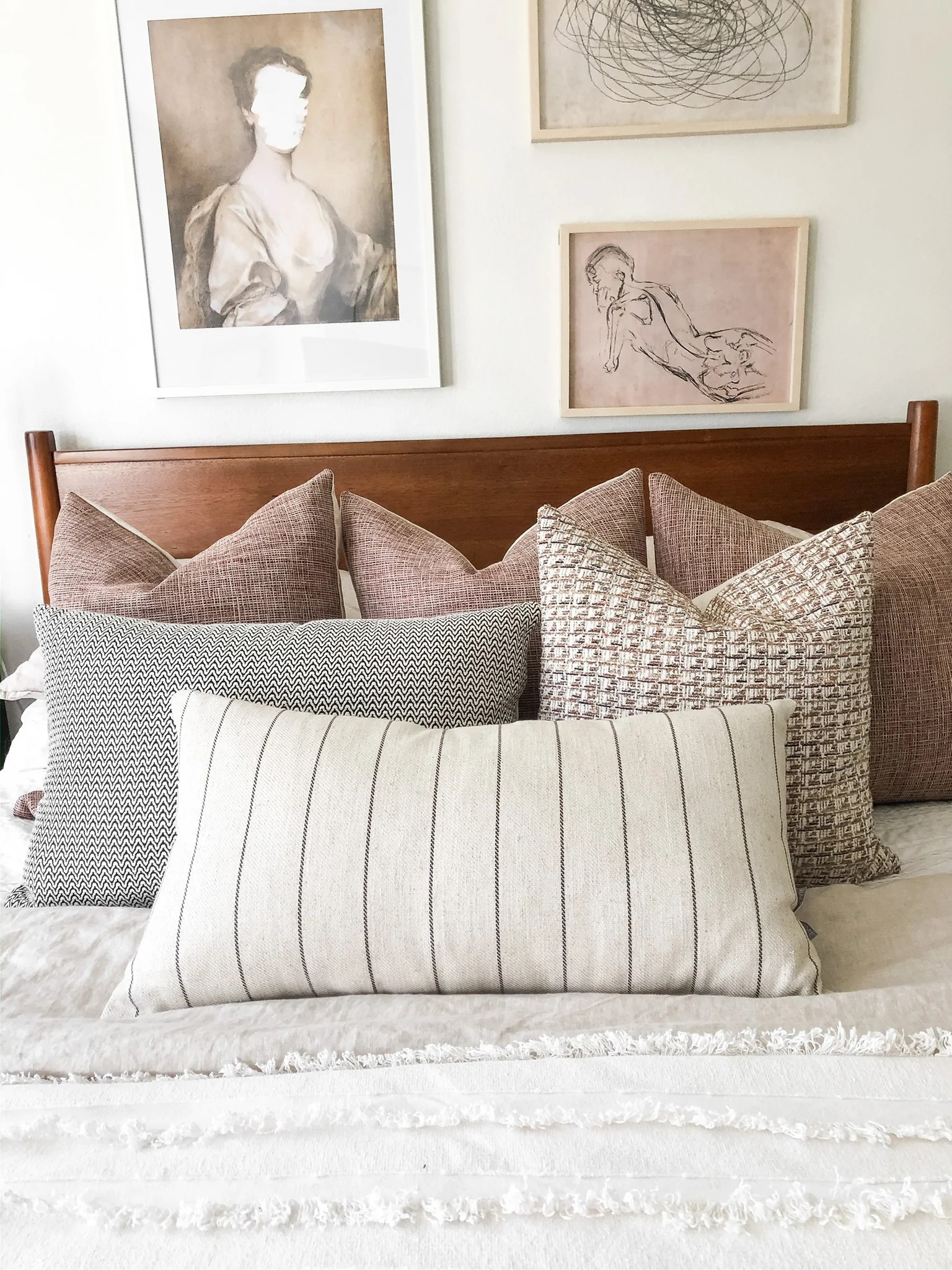 decorative cushions for bedrooms