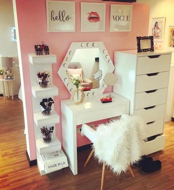 20 Best Makeup Vanities & Cases for Stylish Bedroom ... on Makeup Bedroom  id=24513