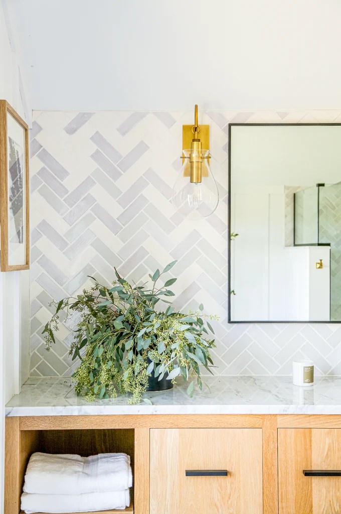 6 bathroom tile backsplashes of all