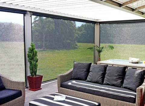 how to choose the best outdoor blinds