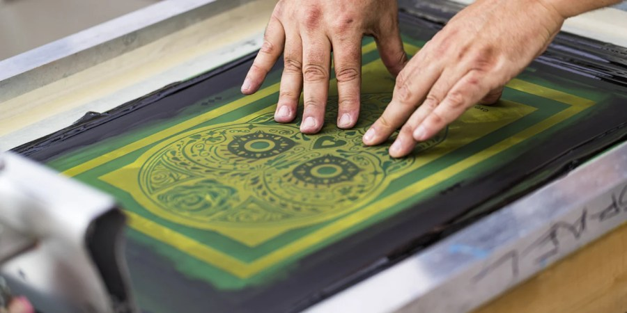 Learn How To Screen Print Your Own Custom T Shirts     silk screen with emulsion  how to print white ink on black t shirts   how to reclaim your screen printing frames and which reclaiming chemicals  on the