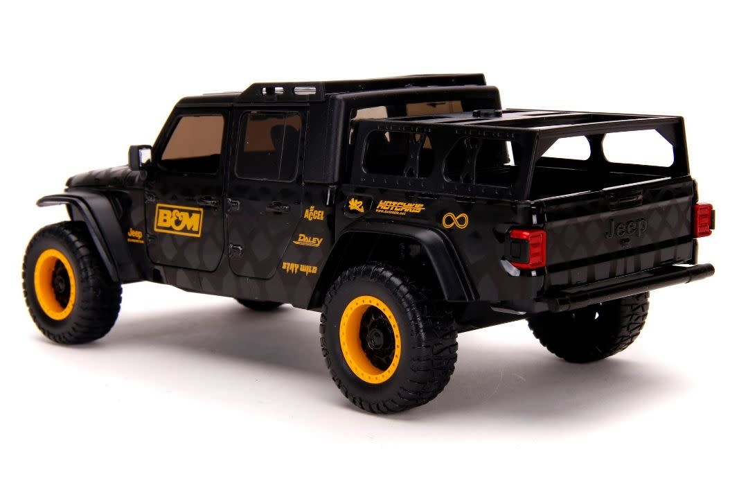 jada toys jad 32423 2020 jeep gladiator black with tire rack 1 24 diecast