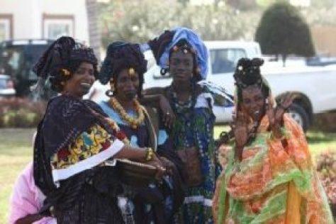 WikimediaCommons_Wolof women senegal