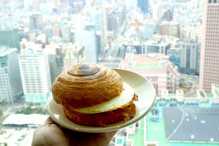 Image result for taipei 101 starbucks
