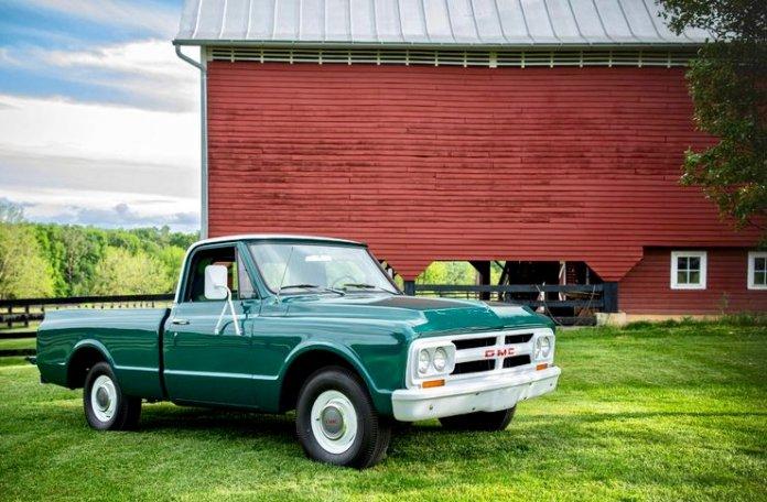 Elvis truck