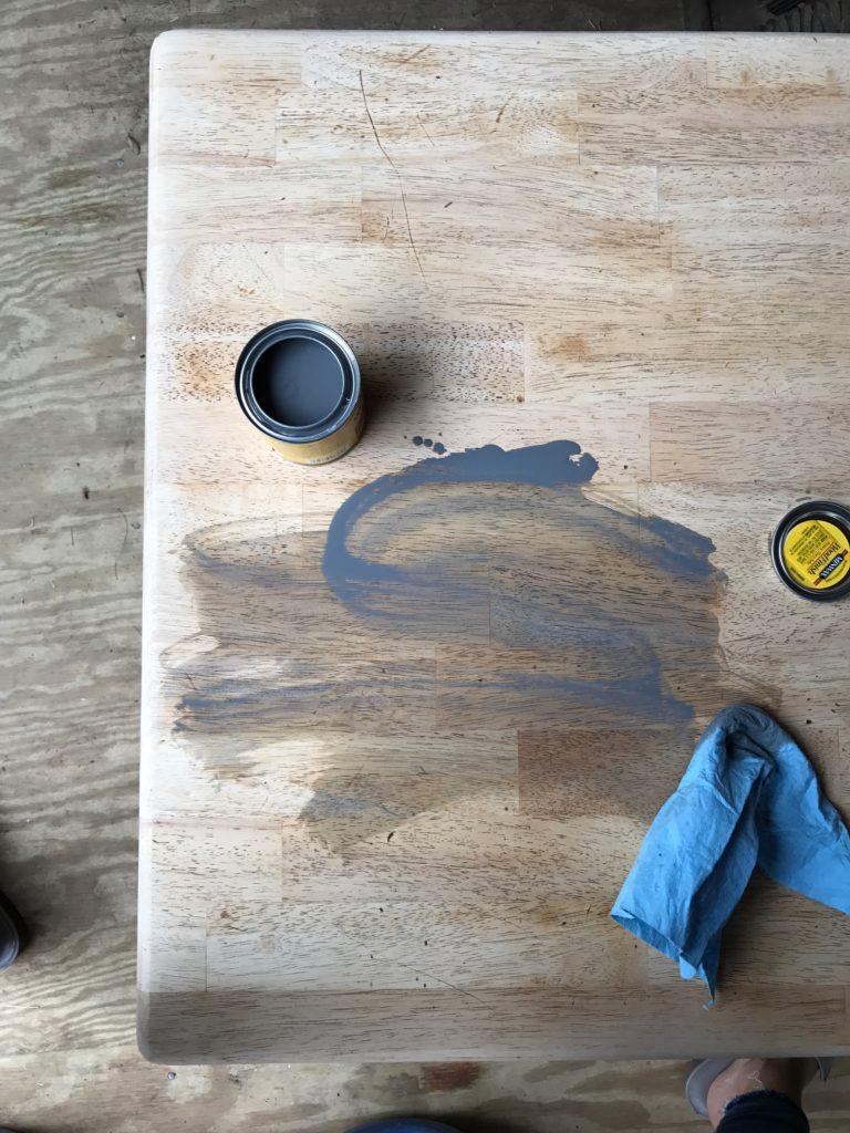 farmhouse coffee table makeover