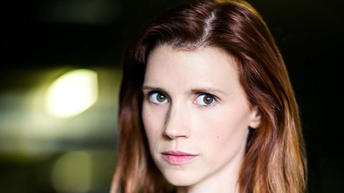 Julie McNiven is married to Michael Blackman Beck since 2010.