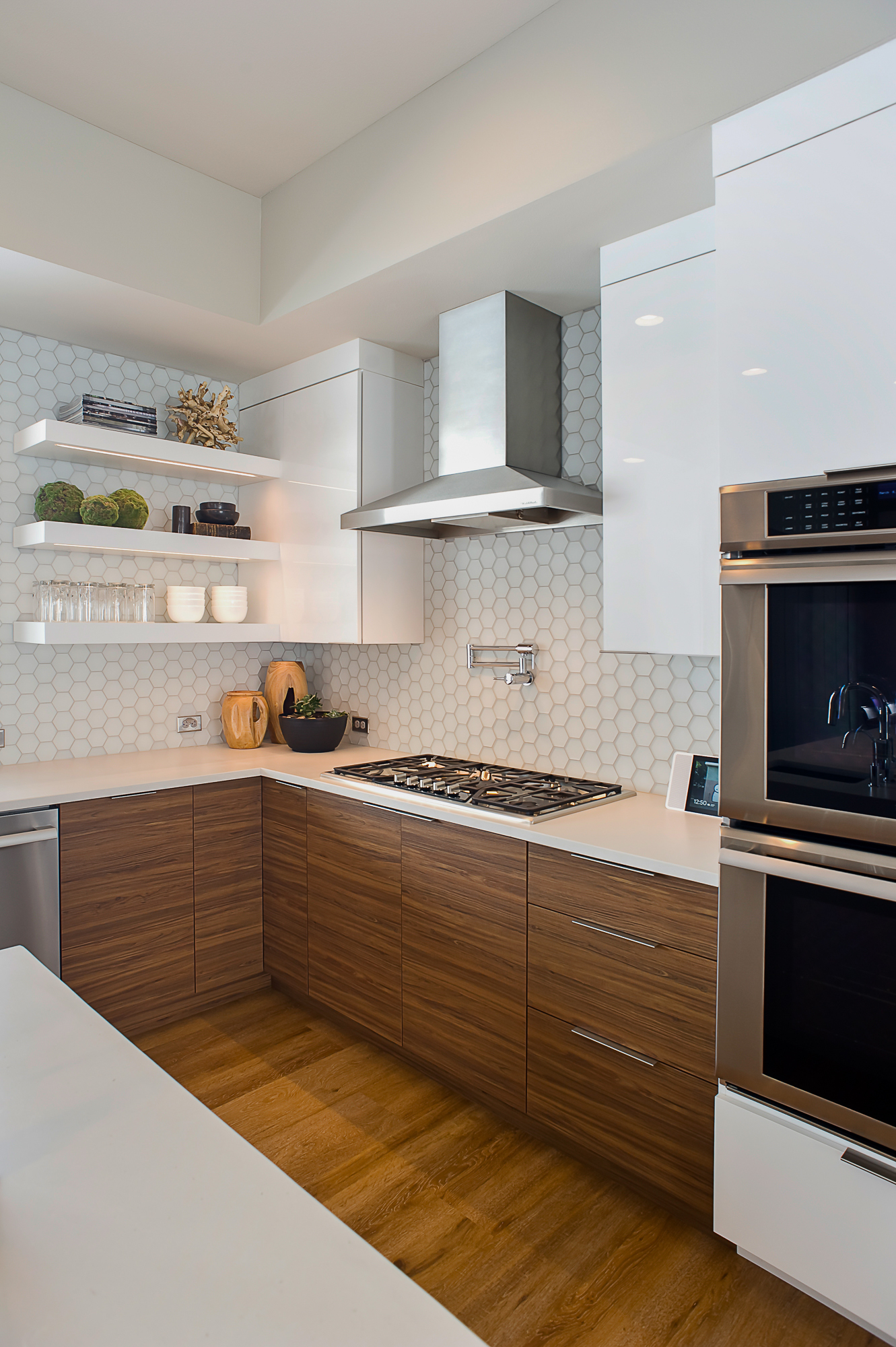 Contemporary Kitchen Cabinets Showplace Cabinetry