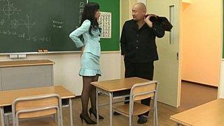 Japanese girl in_pantyhose image