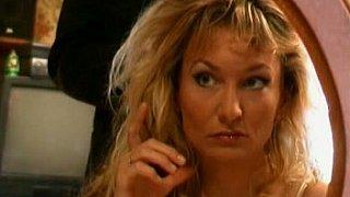 Image: Sexy blonde MIlf
