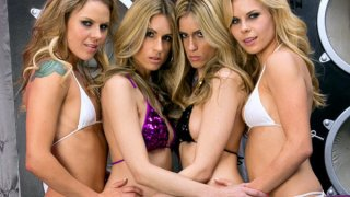 Twin_groupsex image