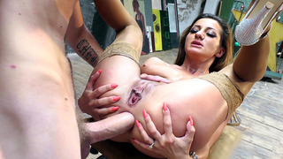 Image: Alice Romain spreads her ass cheeks to get her anus drilled