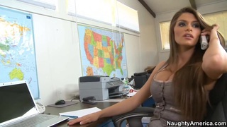 Madelyn, the head_of_human resources image