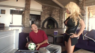 Blonde mom gets drilled by her step-son image