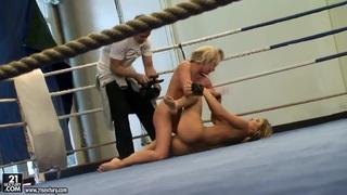 Aleska Diamond_and Cristal May like to fight fully naked image