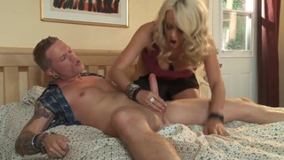 Image: Sexy blonde MILF Stormy Daniels sucks dick properly!