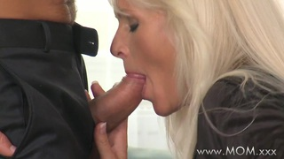Image: MOM Cougars love sucking cock