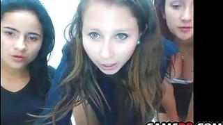 Grupo De Novinhas Mostrando A Buceta_Na Webcam image