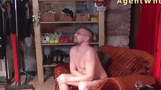Reverse casting - Sexy MILF tests a guy's licking skills image