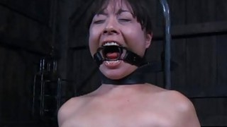 Bounded villein hotty_is getting a muff_punishment image