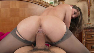 Dirty slut Molly Jane gets her pussy stretched by that fat piston image