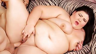 Horny plumper Juicy Jazmynne loves to_get fucked image