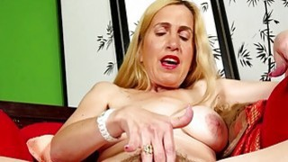 Hairy mature masturbating on USA Mature image